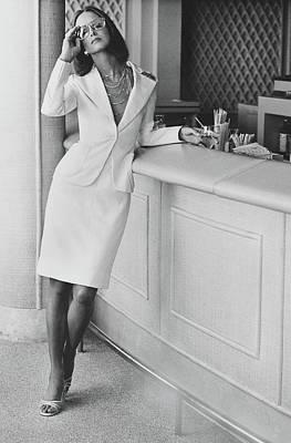 Karen Graham Wearing A Bill Blass Suit Art Print