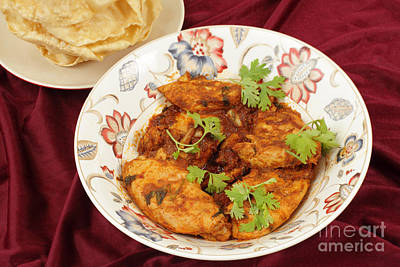 Photograph - Kashmiri Chicken And Pappadums by Paul Cowan