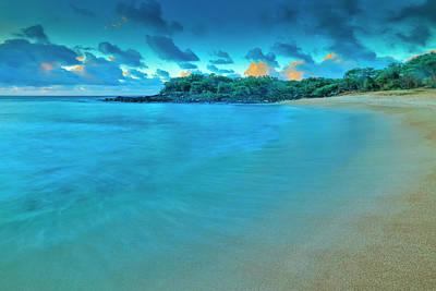 Photograph - Kaupoa Bay Shoreline On Molokais West by Richard A Cooke Iii.