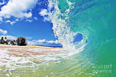 Ocean Power Photograph - Keiki Beach Wave by Paul Topp
