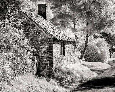 Kelmscott Cottage Art Print