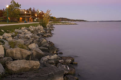 Photograph - Kempenfelt Bay At Dusk by Hany J