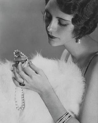 Kendall Lee Holding A Pearl Necklace Art Print by Edward Steichen