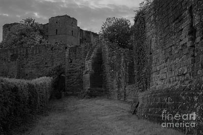 Kenilworth Castle Wall Art - Photograph - Kenilworth Castle In Black And White by Kathryn Bell