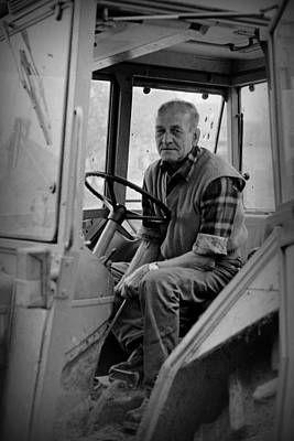 Photograph - Kenny's Tractor by Guy Pettingell