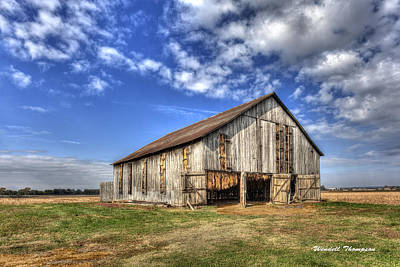 Kentucky Tobacco Barn Art Print