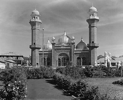 Nairobi Photograph - Kenya Nairobi Mosque by Granger