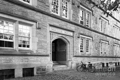 Kenyon College Hanna Hall Art Print by University Icons