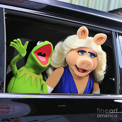 Kermit Takes Miss Piggy To The Movies Art Print by Nina Prommer