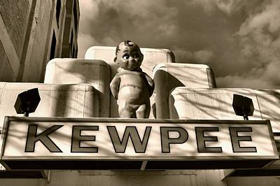 Photograph - Kewpee Restaurant by Dan Sproul