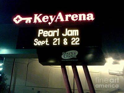 Pearl Jam Photograph - Key Arena Pearl Jam by Linda De La Rosa