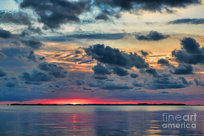 Photograph - Key Largo Cloudy Sunset by Olga Hamilton