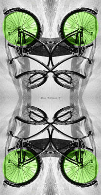 Photograph - Key Lime Hourglass by John Stephens