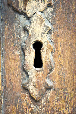 Photograph - Keyhole by Tom Gowanlock