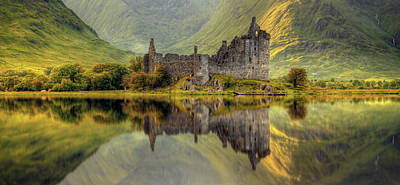 Kilchurn Castle Reflection In Loch Awe Art Print by Panoramic Images