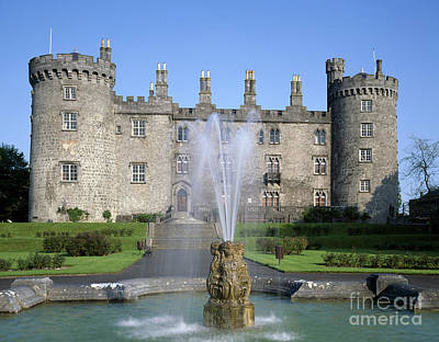 Castle Photograph - Kilkenny Castle, Ireland by Rafael Macia