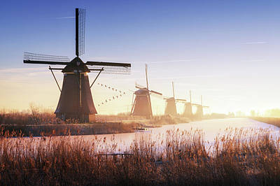 Holland Wall Art - Photograph - Kinderdijk 4. by Juan Pablo De