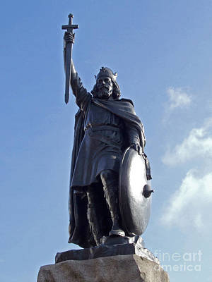 Photograph - King Alfred The Great by Phil Banks