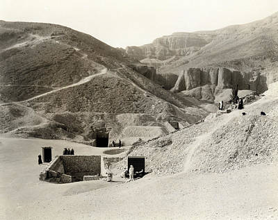 King Tut Photograph - King Tut's Tomb by Underwood Archives