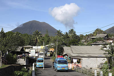 Photograph - Kinilow Town At Foot Of Lokon-empung by Richard Roscoe