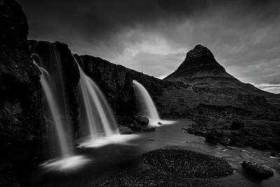 Tourist Attraction Photograph - Kirkjufell Iceland by Nina Pauli