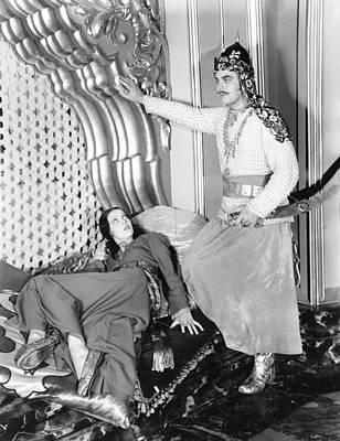 Arabian Attire Photograph - Kismet, From Left Loretta Young, Sidney by Everett