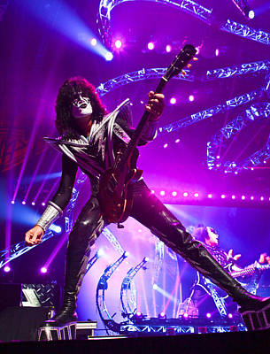 Cat Kiss Photograph - Kiss - 40th Anniversary Tour Live - Tommy Thayer by Epic Rights