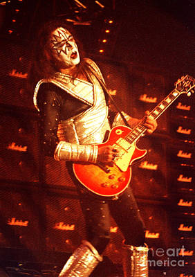 Ace Frehley Photograph - Kiss-ace-0544 by Gary Gingrich Galleries