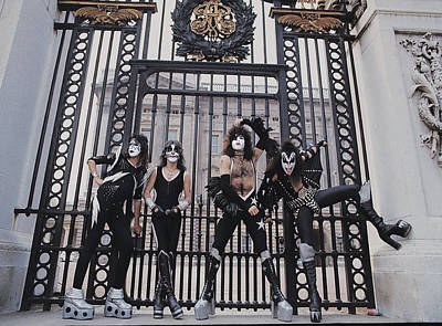Heavy Metal Photograph - Kiss - Buckingham Palace by Epic Rights