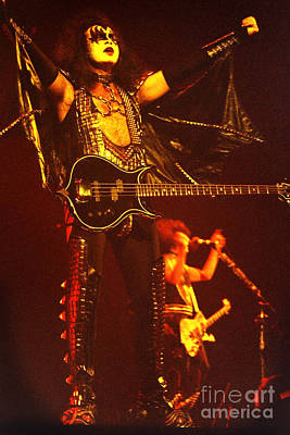 Ace Frehley Photograph - Kiss-gene-0554 by Gary Gingrich Galleries