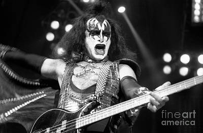 Paul Stanley Photograph - Kiss-gene-gp09 by Timothy Bischoff