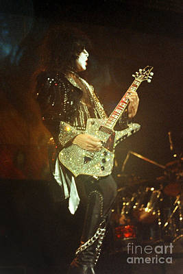 Paul Stanley Photograph - Kiss-paul-0541 by Gary Gingrich Galleries