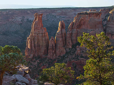 Photograph - Kissing Couple Formation - Colorado National Monument by Aaron Spong
