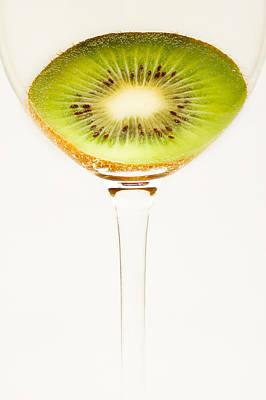 Kiwi Fruit Photograph - Kiwi Fruit Cut In Half by Alexander Voss