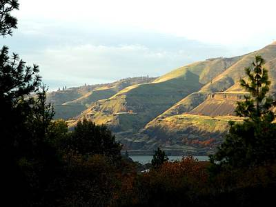 Photograph - Klickitat Autumn by Jacqueline  DiAnne Wasson