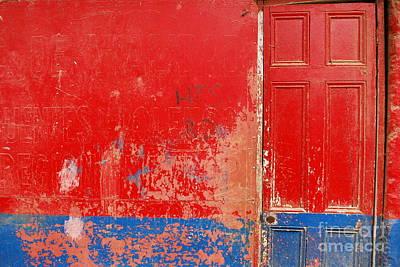 Knock Knock Art Print by Susan Hernandez
