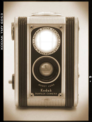 Vintage Camera Wall Art - Photograph - Kodak Duaflex Camera by Mike McGlothlen