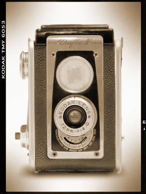 Vintage Camera Wall Art - Photograph - Kodak Duaflex Iv Camera by Mike McGlothlen