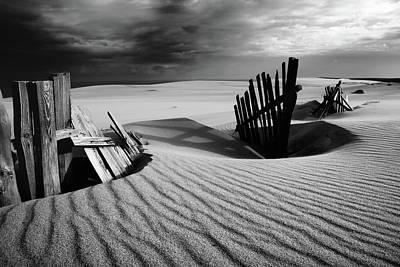 Dunes Wall Art - Photograph - Konfrontation by Dmitry Kulagin