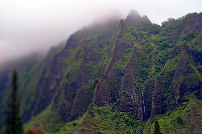 Photograph - Koolau Waterfall by Dan McManus