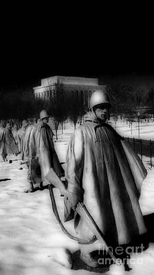 Whitehouse Photograph - Korean Memorial by Skip Willits