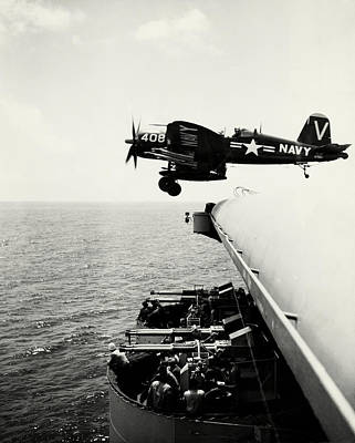 Photograph - Korean War Corsair In Flight by Historic Image