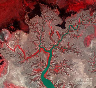 Photograph - Kumbunbur Creek Australia by Science Source