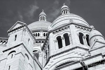 Sacre Coeur Photograph - La Basilique Du Sacre-coeur II by Clarence Holmes
