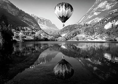 Hot Air Balloon Photograph - La Mongolfiera by Andrea Auf Dem