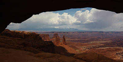 La Sal Mountains Through Mesa Arch Art Print