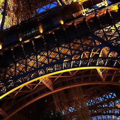 Landmarks Wall Art - Photograph - La Tour Eiffel by Heidi Hermes