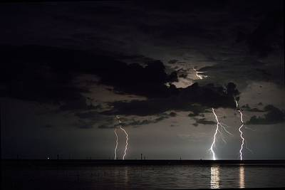 Photograph - Labor Day Weekend Lightning  by Richard Zentner