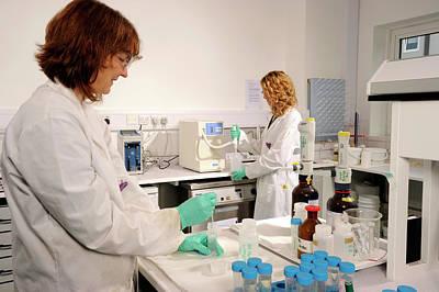 British Biologist Photograph - Laboratory Dosimeter Use by Public Health England