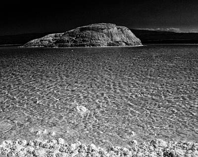 Lac Assal In Djibouti Art Print by Guillermo Hakim